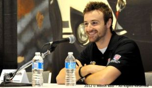 Hinchcliffe discusses new team, car, plans for 2012