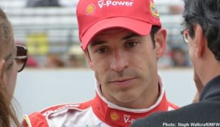 Points leader Castroneves unhurt after crash in Brazilian stock car race