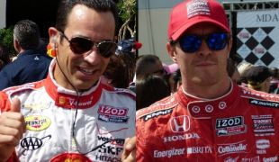 Dixon vs Castroneves: Who will win the 2013 IndyCar title?