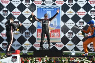 Castroneves completes Dual in Detroit sweep for Team Penske